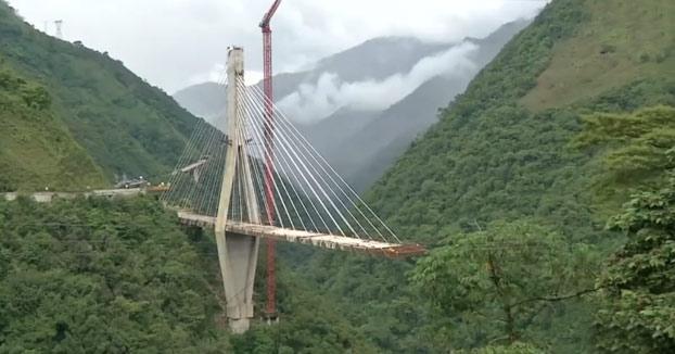 200 kilos de explosivos para destruir un puente en Colombia