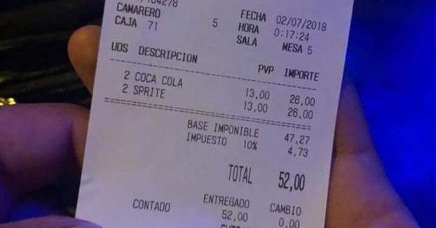 El ''sablazo'' de un local de Ibiza: 52 euros por cuatro refrescos