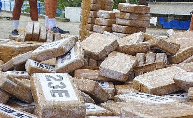 Todo un pueblo se volvió adicto a la cocaína debido a un cargamento que naufragó