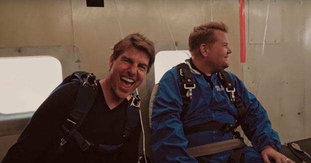 Tom Cruise convence a James Corden para hacer un salto desde un avión y es una experiencia que nunca olvidará