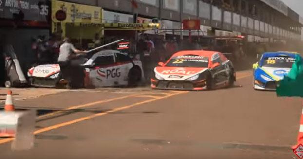 Atropello de varios mecánicos en la calle de boxes durante el campeonato brasileño de Stock Light