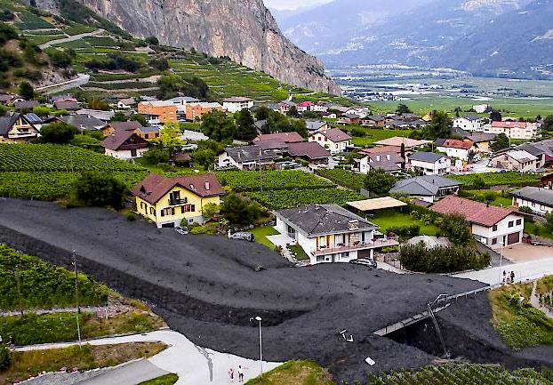 Un deslizamiento de tierra provoca una avalancha de barro en Suiza