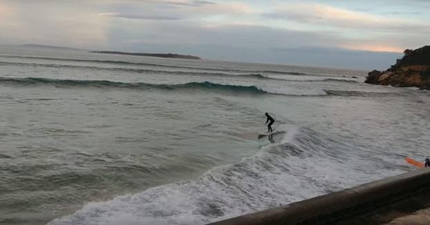 Surfistas adaptándose al medio