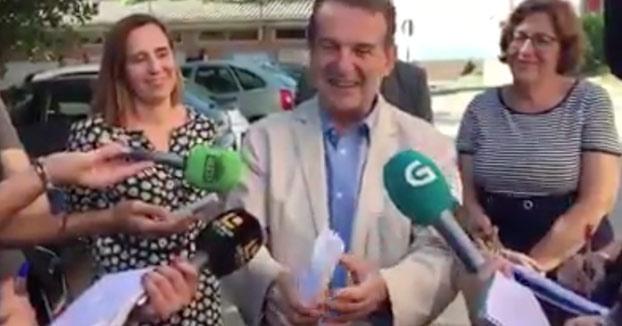 El alcalde de Vigo explicando la que van a liar en la ciudad por Navidad
