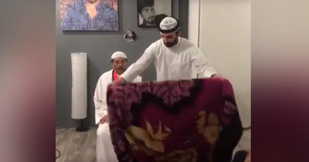La broma del hombre invisible versión árabe