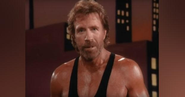 """Demostración de técnicas de artes marciales con Chuck Norris y Benny """"The Jet"""" Urquidez"""