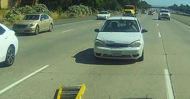 Un ejemplo de lo que puede pasar si eres un conductor TailGater