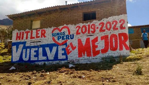 Hitler y Lenin se enfrentan en unas elecciones municipales de Perú