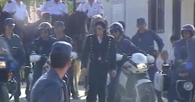 Vídeo inédito de Michael Jackson con la policía española en el año 1992