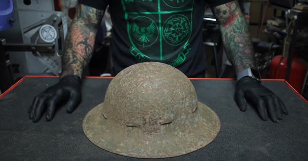 Restaurando un casco de la II Guerra Mundial