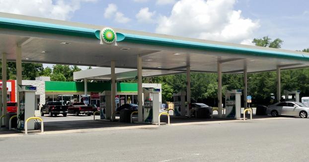 Una gasolinera prohibe calentar orina en el microondas