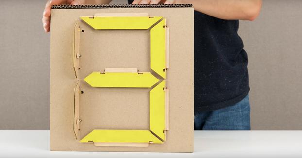 Cómo hacer un display de 7 segmentos de cartón