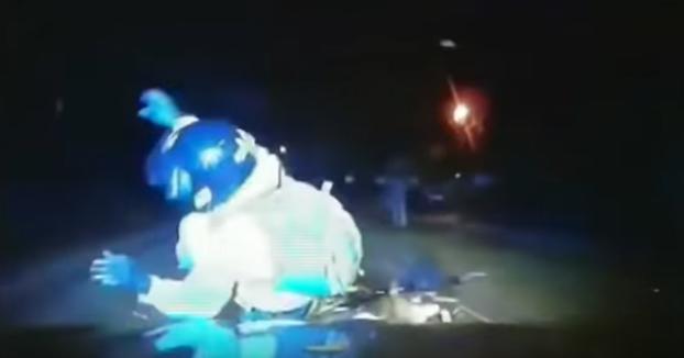 La policía de Reino Unido tiene la orden de embestir con los coches a los ladrones que van en moto