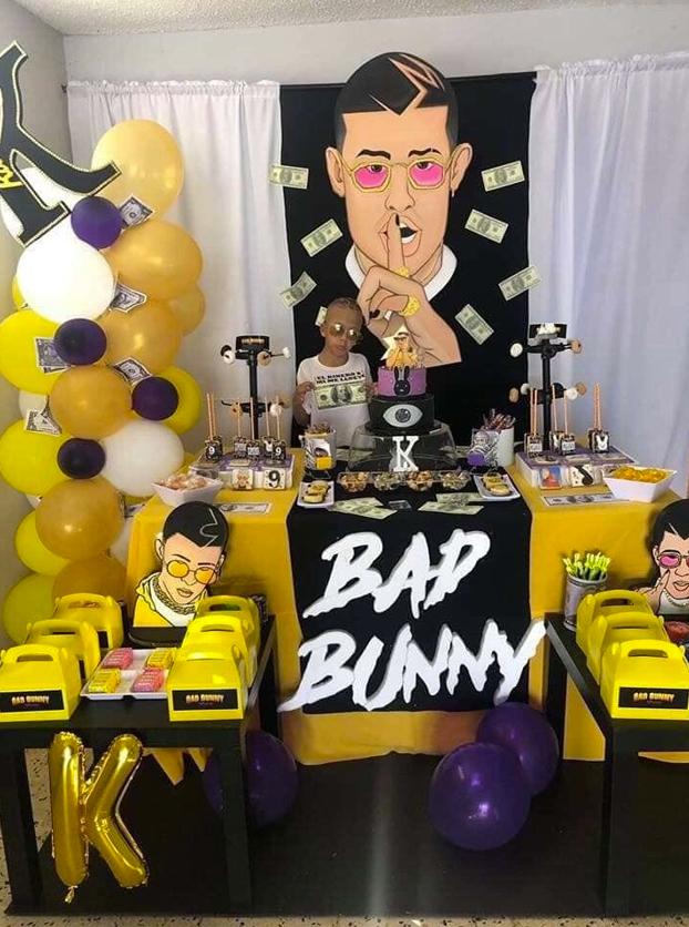 ¿De qué quieres tu fiesta hijo? De Bad Bunny. No se diga más...