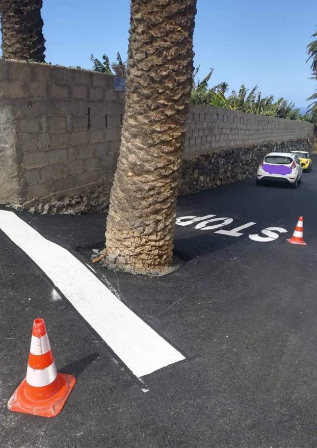 La señal de stop más surrealista está en Gran Canaria