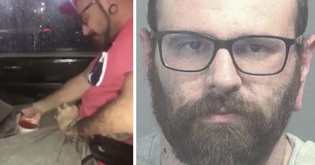 Detenido un repartidor de comida rápida por sumergir sus testículos en la salsa de un cliente