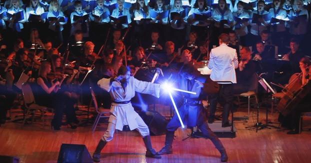 La gran batalla de Anakin vs Obi-Wan en un concierto de Star Wars