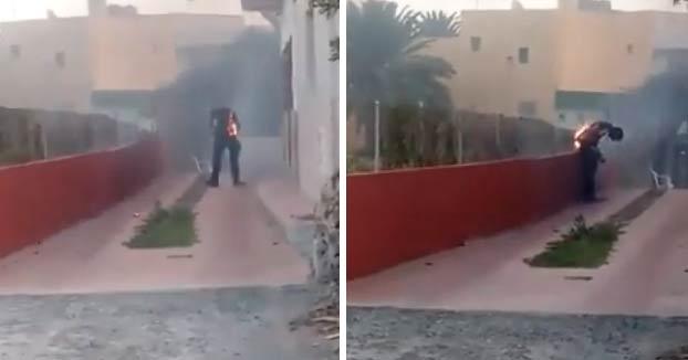 Incendio en Gran Canaria: Dos chicas graban a un hombre ardiendo y en vez de ayudarle, se van