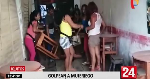 Le rompe la nariz a su marido por gastar el dinero para el material escolar de sus hijos en el bar mientras estaba con tres mujeres