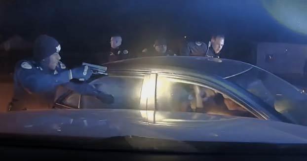 Persecución policial: Los dos sospechosos terminan acribillados a tiros