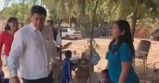 Un alcalde mexicano señala la ''obesidad espantosa y horrible'' de una niña con ella delante