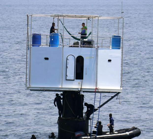 Se enfrentan a pena de muerte por construir una casa en mitad del mar