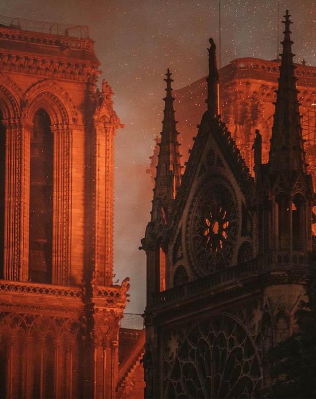 Fotografías del incendio de Notre Dame que parecen cuadros históricos