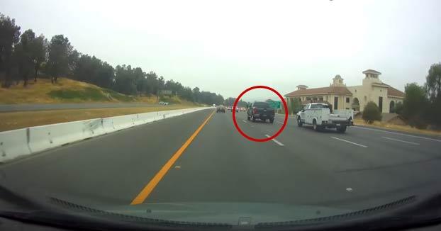 Grave accidente en Temécula: Un conductor choca a toda velocidad contra otro vehículo en plena autopista
