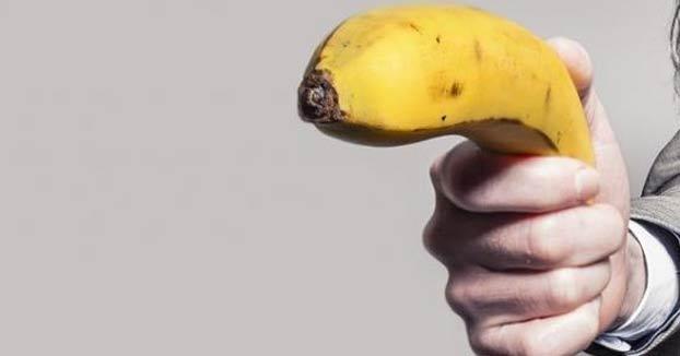 Condenado a 14 meses de prisión por atracar un banco armado con un plátano