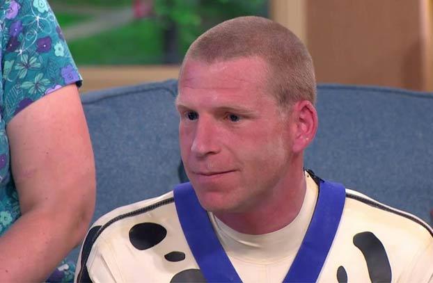 El primer hombre 'transespecie' se reivindica en televisión: Quiere ser reconocido como cachorro de dálmata