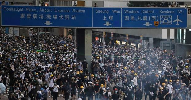 Páginas porno dejaron de funcionar en Hong Kong el día de las protestas para animar a los usuarios a salir a las calles