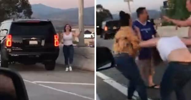 Una pareja mexicana acaba a hostias en mitad de la carretera con otra estadounidense que los llamó ''beaners''