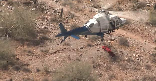 Una mujer de 74 años es rescatada en helicóptero y cuando la subían, la camilla empezó a girar sin control a toda velocidad