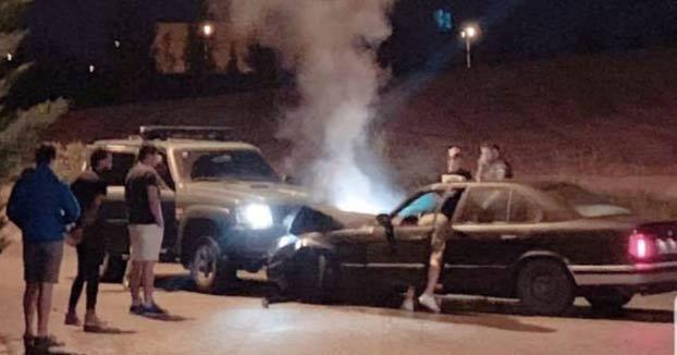 Choca contra un coche de la Guardia Civil mientras participaba en una carrera ilegal en Navarra