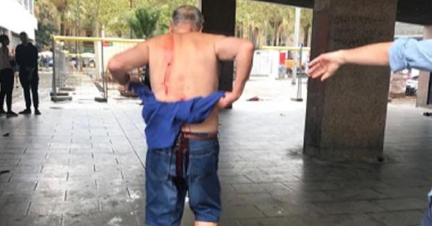 Un hombre apuñala a otro por recriminarle que orinase en la calle en Barcelona