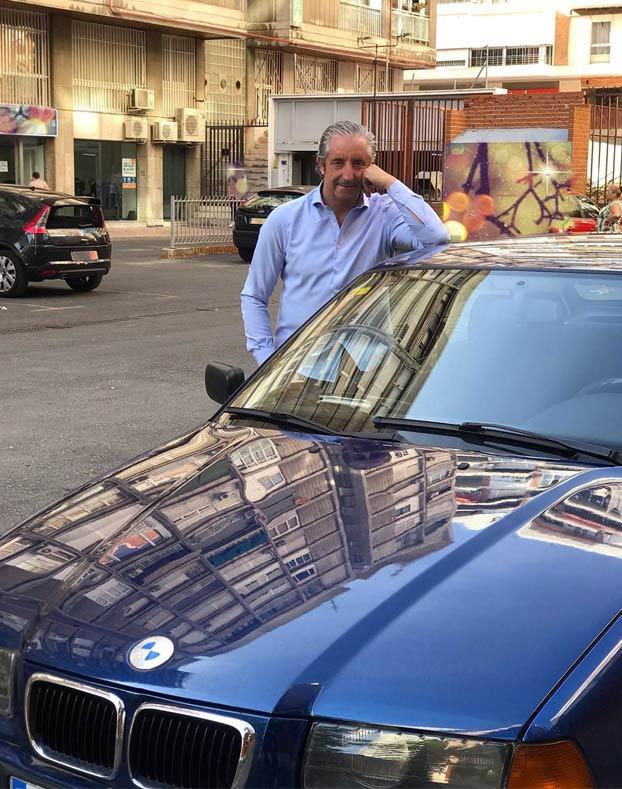 Josep Pedrerol: ''Hoy me despido de mi coche de toda la vida. Gracias, amigo. Espero que guardes nuestros secretos''