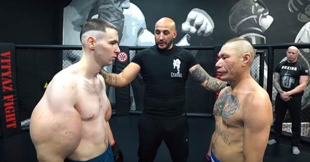 El Popeye ruso se enfrenta en un combate de MMA al blogger Oleg Mongol