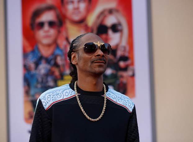 Snoop Dogg tiene un empleado solo para liar sus porros y cobra más de 40.000 euros al año