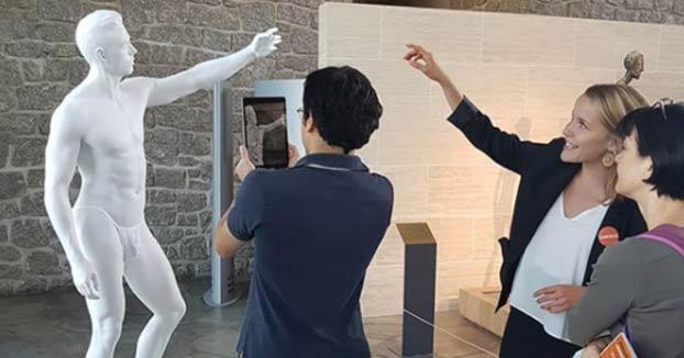La Unesco tapa unas esculturas con tangas y braguitas para no ofender ''la sensibilidad del público''