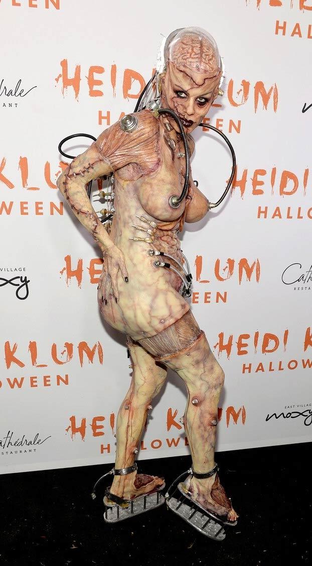 Heidi Klum vuelve a sorprender a todos con su disfraz de Halloween