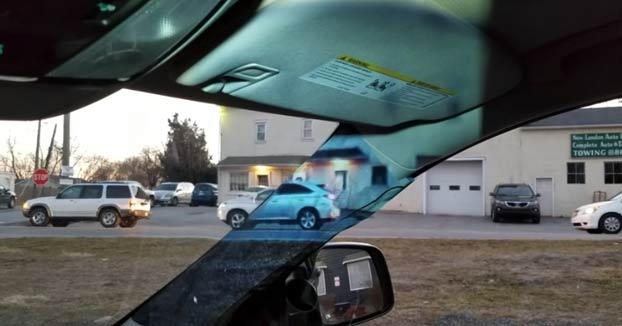 El invento de una niña de 14 años que elimina el ángulo muerto del coche