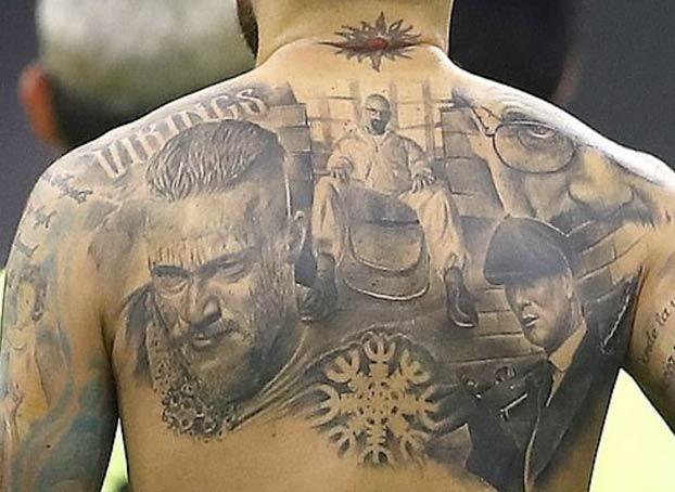 Peaky Blinders, Breaking Bad y Vikingos: Nicolás Otamendi tiene tatuadas las tres series en su espalda