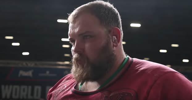 Noquean de un tortazo a Vasily Kamotsk, el campeón ruso de bofetones