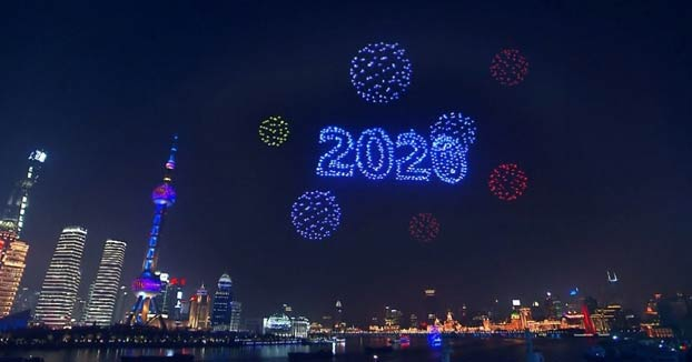 En Shanghai sustituyen la pirotecnia de Año Nuevo por un espectáculo con 2.000 drones