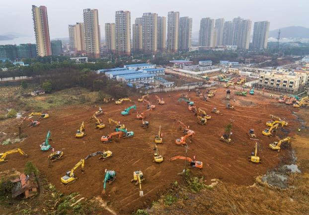 En Wuhan están construyendo un hospital de urgencia contra el coronavirus con capacidad para 1.000 camas