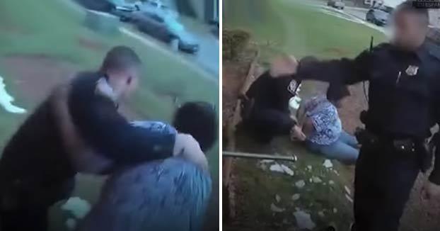 Momento en el que la policía detiene a una mujer de 75 años por intentar evitar el arresto de su nieta