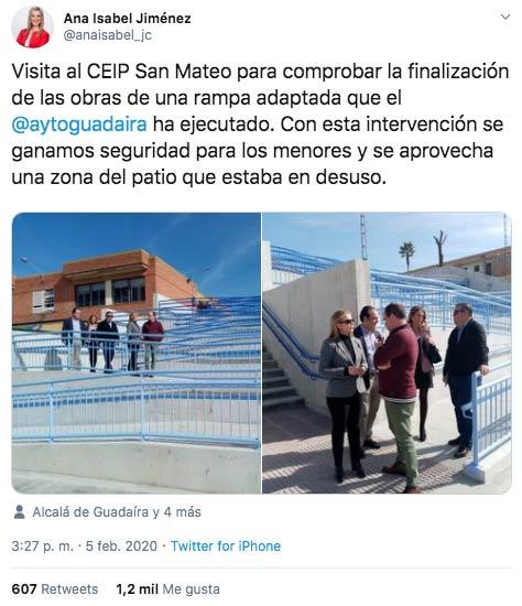 Cachondeo con la rampa que ha hecho el ayuntamiento de Alcalá de Guadaíra en un colegio