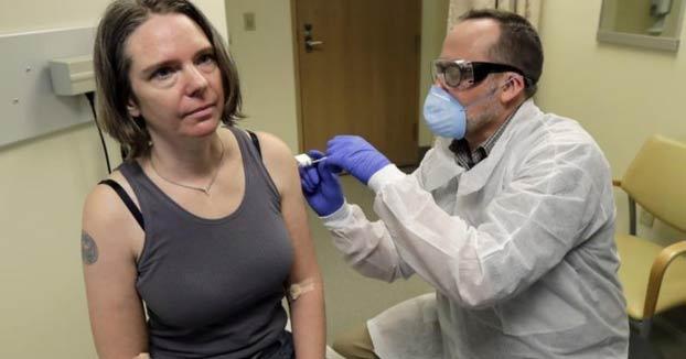 Jennifer Haller, la primera voluntaria para la prueba de la primera posible vacuna contra el COVID-19 cuenta su experiencia
