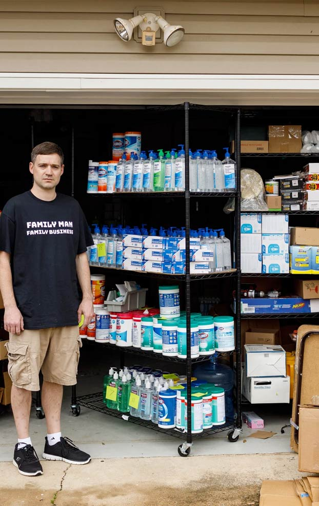 Compra 17.700 botellas de desinfectante para manos y no tiene donde venderlas. Amazon tomó medidas contra la especulación de estos productos