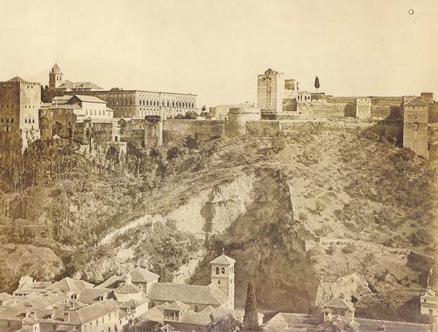 Foto de la Alhambra de 1859 vs foto actual